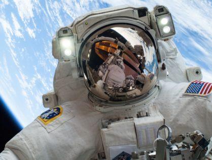 Jak pachnie kosmos? Książka Zapytaj Astronautę - recenzja