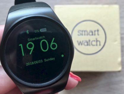 Smartwatch do 200 złotych z Gearbest: KingWear KW18 [Recenzja]