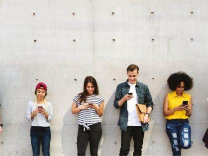 Ile czasu spędzasz na telefonie? Aplikacje, które pomogą to sprawdzić