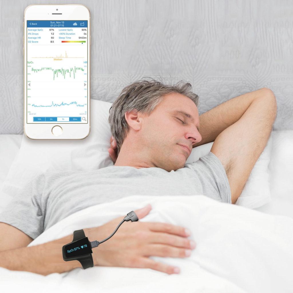 Pulsoksymetr Checkme 02, który ułatwia monitorowanie snu