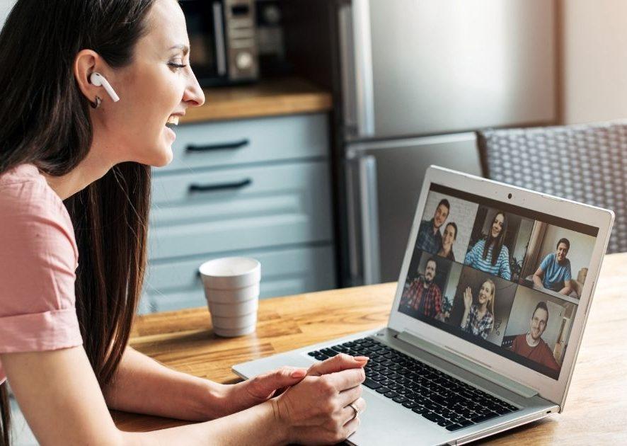 Wirtualny coworking - czym jest i jak może ci pomóc w pracy na swoim?